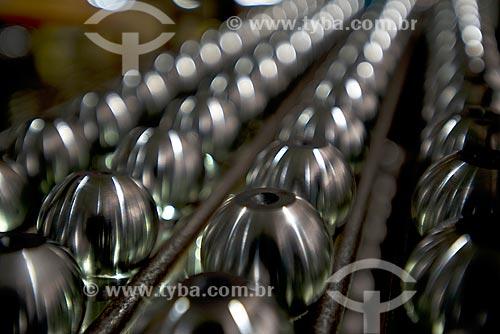 Detalhe de auto peças de aço em indústria automobilística  - Sorocaba - São Paulo (SP) - Brasil