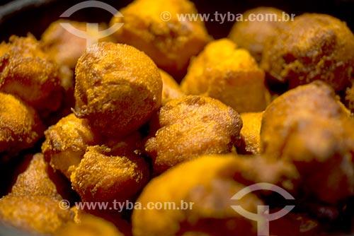 Detalhe de bolinhos de aipim em restaurante  - Canela - Rio Grande do Sul (RS) - Brasil