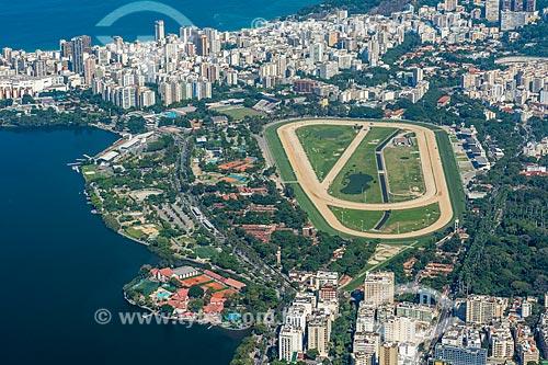 Vista da Lagoa Rodrigo de Freitas - à esquerda - e o Hipódromo da Gávea a partir do mirante do Cristo Redentor  - Rio de Janeiro - Rio de Janeiro (RJ) - Brasil