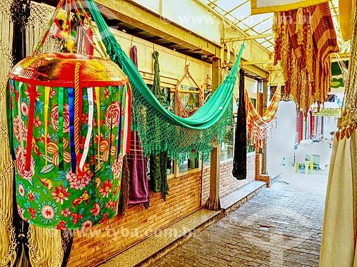 Detalhe de redes à venda no Centro Luiz Gonzaga de Tradições Nordestinas  - Rio de Janeiro - Rio de Janeiro (RJ) - Brasil