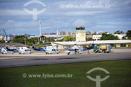 Helicópteros na pista do Heliponto Comandante Nobre  - Rio de Janeiro - Rio de Janeiro (RJ) - Brasil