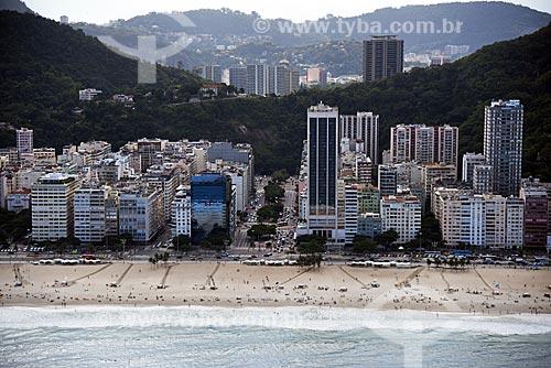 Foto aérea da orla da Praia de Copacabana com a Avenida Princesa Isabel  - Rio de Janeiro - Rio de Janeiro (RJ) - Brasil