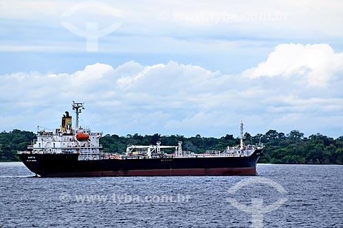 Navio cargueiro no Rio Amazonas  - Itacoatiara - Amazonas (AM) - Brasil