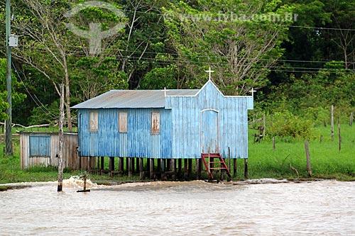 Igreja às margens do Rio Amazonas próximo à Manaus  - Manaus - Amazonas (AM) - Brasil