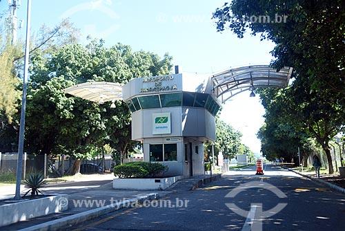 Entrada do Aeroporto Roberto Marinho - mais conhecido como Aeroporto de Jacarepaguá  - Rio de Janeiro - Rio de Janeiro (RJ) - Brasil