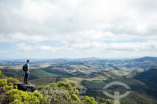 Vista do Parque Estadual do Ibitipoca durante a trilha do circuito da Janela do Céu  - Lima Duarte - Minas Gerais (MG) - Brasil