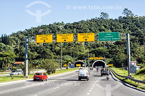 Entrada sul do Túnel Deputada Antonieta de Barros  - Florianopolis - Santa Catarina - Brazil