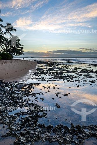 Vista do pôr do sol a partir da Praia da Ponta do Mutá  - Maraú - Bahia (BA) - Brasil