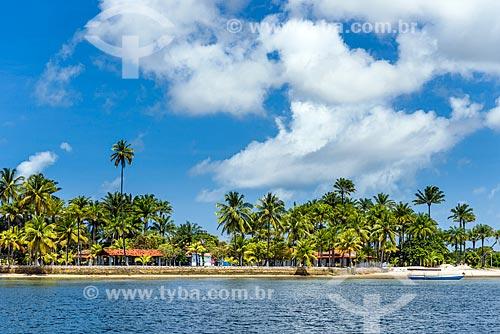 Vista da Ilha do Sapinho a partir do Baía de Camamu  - Camamu - Bahia (BA) - Brasil