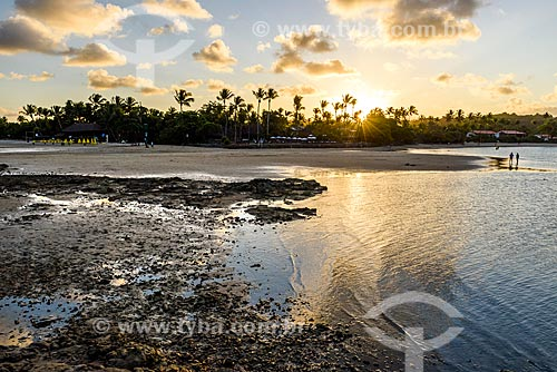 Vista do pôr do sol a partir da 3ª Praia  - Cairu - Bahia (BA) - Brasil