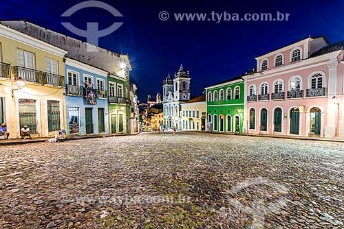 Vista da Igreja de Nossa Senhora do Rosário dos Pretos (século XVIII) e casarios do Pelourinho à noite  - Salvador - Bahia (BA) - Brasil