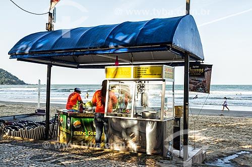 Quiosque na orla da Praia Central  - Balneário Camboriú - Santa Catarina (SC) - Brasil
