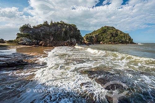 Vista Ponta do Pai Vitório a partir da Praia Rasa  - Armação dos Búzios - Rio de Janeiro (RJ) - Brasil