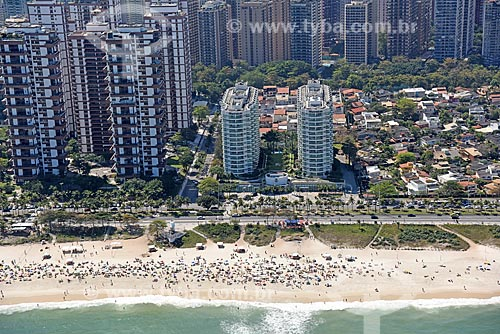 Foto aérea da orla da Praia da Barra da Tijuca com o Sheraton Barra Hotel  - Rio de Janeiro - Rio de Janeiro (RJ) - Brasil