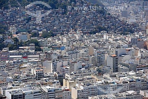 Foto aérea do bairro de Ipanema com a favela Pavão Pavãozinho  - Rio de Janeiro - Rio de Janeiro (RJ) - Brasil
