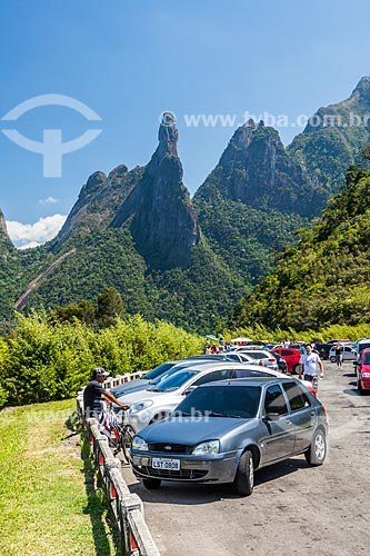 Vista dos picos Dedo de Deusa e Cabeça de Peixe partir do Mirante do Soberbo no Parque Nacional da Serra dos Órgãos  - Teresópolis - Rio de Janeiro (RJ) - Brasil