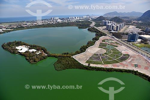 Foto aérea do Hospital Sarah Kubitschek com o Parque Cidade do Rock  - Rio de Janeiro - Rio de Janeiro (RJ) - Brasil