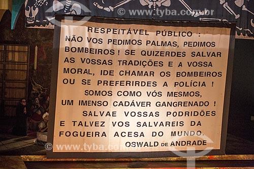 Última cena da remontagem comemorativa dos 50 anos da estreia da peça O Rei da Vela - de Oswald de Andrade - pelo Teatro Oficina - Sesc Pinheiros  - São Paulo - São Paulo (SP) - Brasil