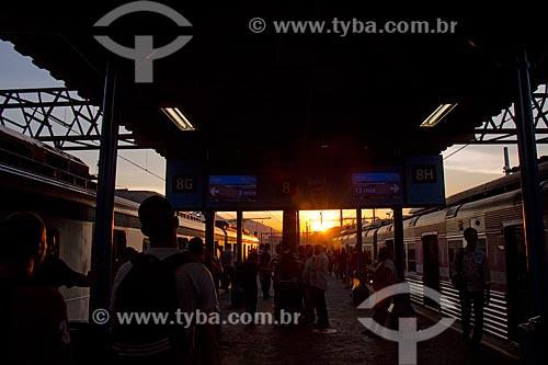 Passageiros na Estação Ferroviária Central do Brasil  - Rio de Janeiro - Rio de Janeiro (RJ) - Brasil