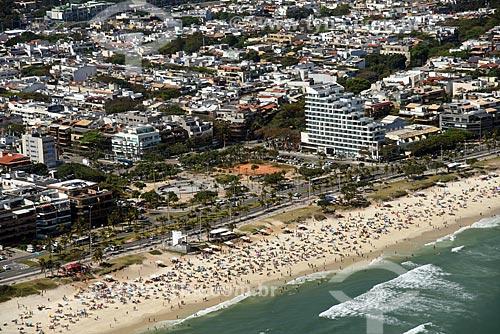 Foto aérea da orla da Praia da Barra da Tijuca  - Rio de Janeiro - Rio de Janeiro (RJ) - Brasil