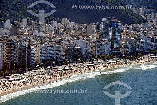 Foto aérea da orla da Praia de Copacabana com o Museu da Imagem e do Som do Rio de Janeiro (MIS)  - Rio de Janeiro - Rio de Janeiro (RJ) - Brasil