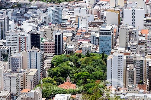Vista do Parque Halfeld e da Igreja de São Sebastião (1878) a partir do Mirante Salles de Oliveira - mais conhecido como Mirante do Cristo  - Juiz de Fora - Minas Gerais (MG) - Brasil