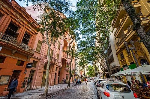 Vista da Rua dos Andradas com a Casa de Cultura Mario Quintana (1933) - antigo Hotel Majestic - à esquerda  - Porto Alegre - Rio Grande do Sul (RS) - Brasil