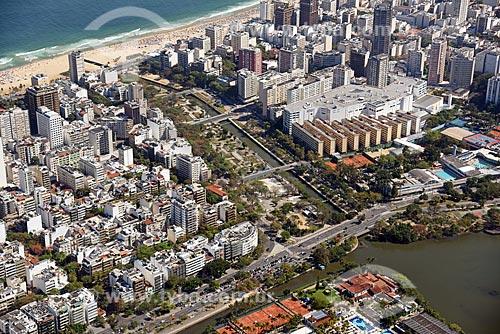 Foto aérea do Jardim de Alah com a Praia do Leblon ao fundo  - Rio de Janeiro - Rio de Janeiro (RJ) - Brasil