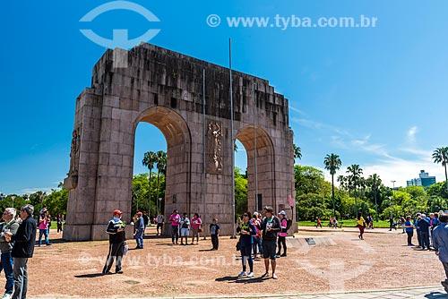 Arco do Triunfo no Parque Farroupilha - também conhecido como Parque da Redenção  - Porto Alegre - Rio Grande do Sul (RS) - Brasil