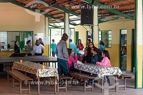 Aluno no refeitório do Instituto Ellos de Educação  - São Roque de Minas - Minas Gerais (MG) - Brasil