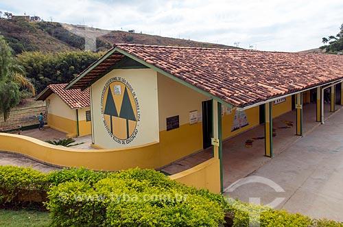 Fachada do Instituto Ellos de Educação  - São Roque de Minas - Minas Gerais (MG) - Brasil