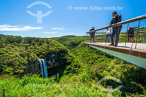 Vista da Cascata do Caracol no Parque Estadual do Caracol a partir de mirante  - Canela - Rio Grande do Sul (RS) - Brasil