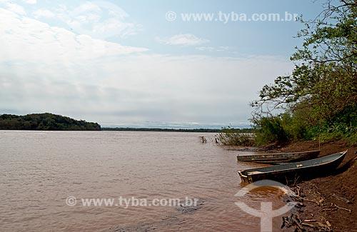 Vista da orla do Rio Uruguai  - Garruchos - Rio Grande do Sul (RS) - Brasil