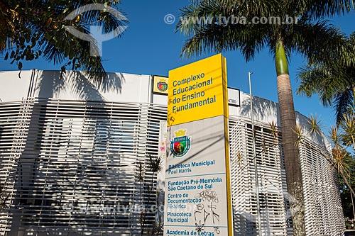 Fachada do Complexo Educacional do Ensino Fundamental  - São Caetano do Sul - São Paulo (SP) - Brasil