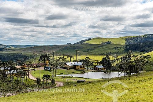 Vista de zona rural próximo à Cânion Montenegro  - São José dos Ausentes - Rio Grande do Sul (RS) - Brasil