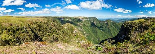 Vista do Cânion Montenegro  - São José dos Ausentes - Rio Grande do Sul (RS) - Brasil