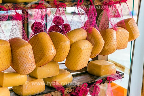 Queijo à venda em loja local  - Bom Jardim da Serra - Santa Catarina (SC) - Brasil