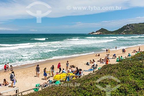 Banhistas na Praia Mole  - Florianópolis - Santa Catarina (SC) - Brasil