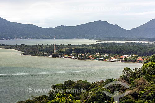 Vista da Lagoa da Conceição a partir do Mirante da Praia Mole  - Florianópolis - Santa Catarina (SC) - Brasil