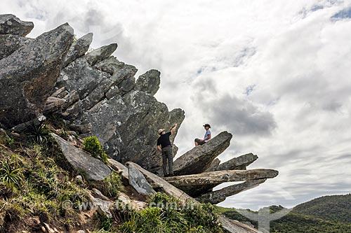 Turista no Pico da Coroa - Parque Municipal da Lagoinha do Leste  - Florianópolis - Santa Catarina (SC) - Brasil