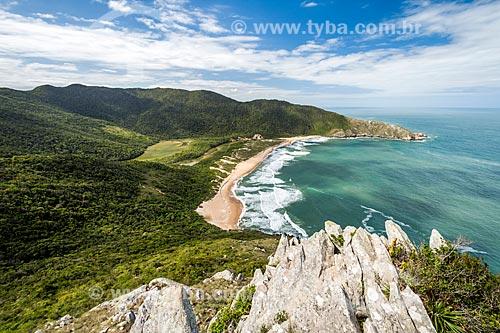 Vista da orla da Praia da Lagoinha do Leste a partir do Pico da Coroa - Parque Municipal da Lagoinha do Leste  - Florianópolis - Santa Catarina (SC) - Brasil