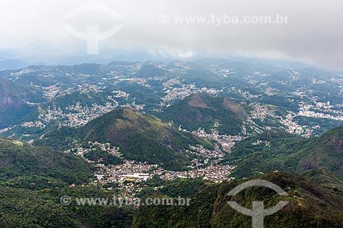 Vista da cidade de Petrópolis durante a Travessia Cobiçado x Ventania no Parque Nacional da Serra dos Órgãos  - Petrópolis - Rio de Janeiro (RJ) - Brasil