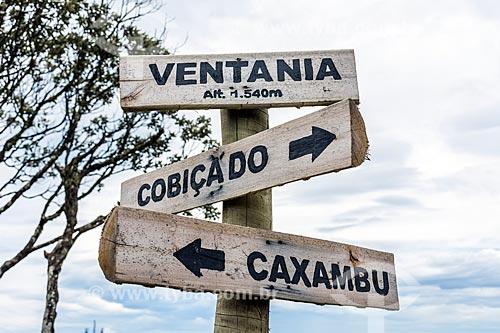 Detalhe de placa na Travessia Cobiçado x Ventania no Parque Nacional da Serra dos Órgãos  - Petrópolis - Rio de Janeiro (RJ) - Brasil