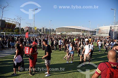 Público chegando no Rock in Rio 2017 no Parque Olímpico Rio 2016  - Rio de Janeiro - Rio de Janeiro (RJ) - Brasil