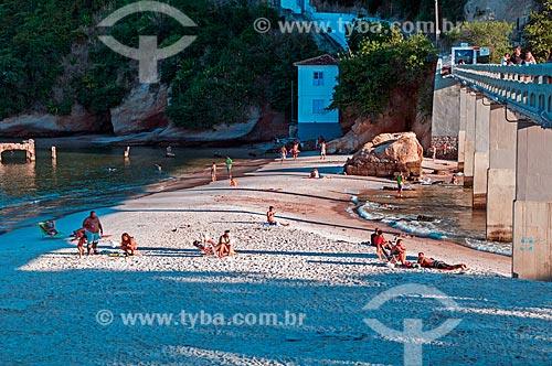 Banhistas na Praia de Boa Viagem  - Niterói - Rio de Janeiro (RJ) - Brasil