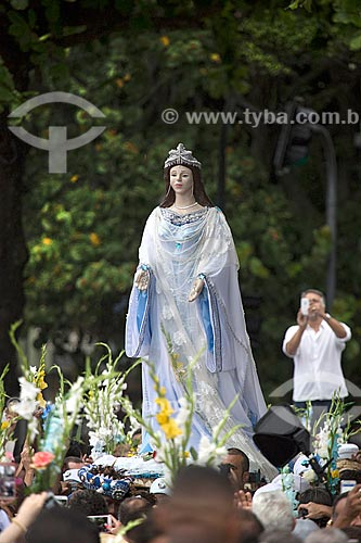 Estátua de Yemanjá durante a Festa de Yemanjá na Praia de Copacabana - Posto 4  - Rio de Janeiro - Rio de Janeiro (RJ) - Brasil