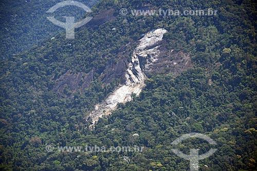 Foto aérea de deslizamento de terra no Parque Nacional da Tijuca  - Rio de Janeiro - Rio de Janeiro (RJ) - Brasil