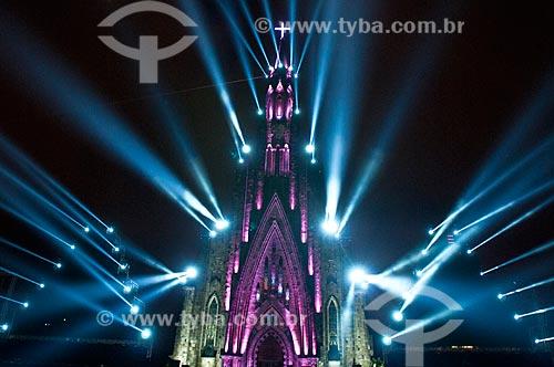 Show de luzes na Paróquia de Nossa Senhora de Lourdes - também conhecida como Catedral de Pedra - parte do espetáculo Sonho de Natal  - Canela - Rio Grande do Sul (RS) - Brasil