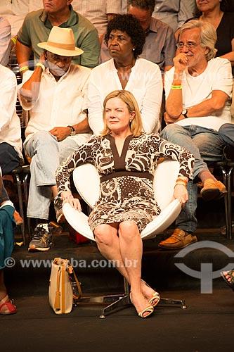 Senadora Gleisi Hoffmann durante o encontro de intelectuais e artistas com Luiz Inácio Lula da Silva - Campanha Eleição sem Lula é fraude  - Rio de Janeiro - Rio de Janeiro (RJ) - Brasil
