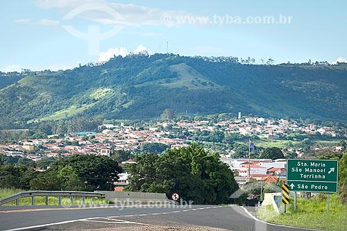 Vista geral da cidade de São Pedro com a Serra de Itaqueri ao fundo  - São Pedro - São Paulo (SP) - Brasil